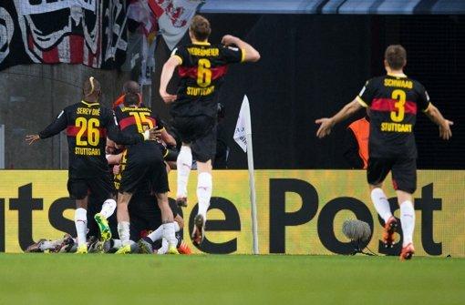 Der VfB Stuttgart hat beim 1. FC Köln einen 3:1-Auswärtssieg gefeiert. Foto: dpa