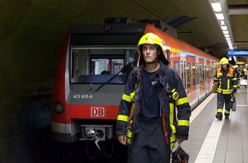17-Jähriger von S-Bahn überrollt – Zwei weitere Männer schwer verletzt