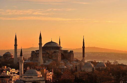 Mehr als tausend Gülen-Anhänger festgenommen