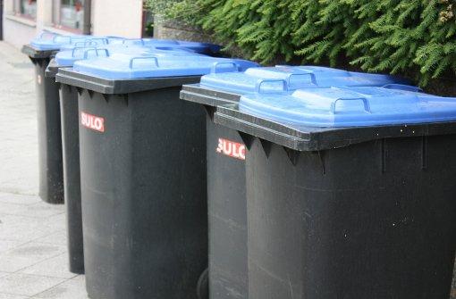 Mülleimer angezündet