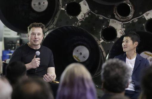 Japanischer Milliardär soll mit Raumschiff um den Mond fliegen