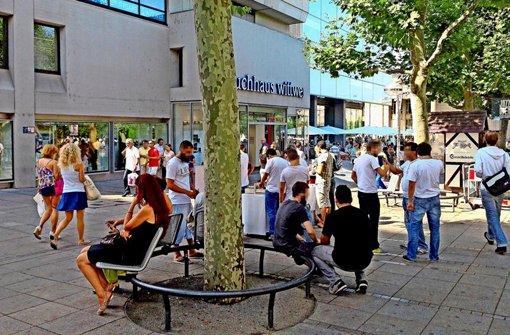 Auf der Königstraße werden Passanten häufig von Organisationen oder Glaubensgemeinschaften angesprochen Foto: StN