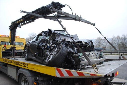 Bei dem Unfall am Autobahndreieck Karlsruhe kam ein sechsjähriger Junge ums Leben Foto: www.7aktuell.de |