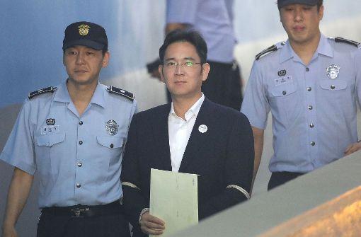 Samsung-Erbe Lee Jae Yong wegen Korruption verurteilt