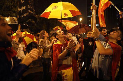 Spanien hält den Atem an