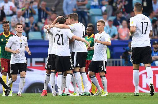 DFB-Elf nach Sieg gegen Kamerun im Halbfinale