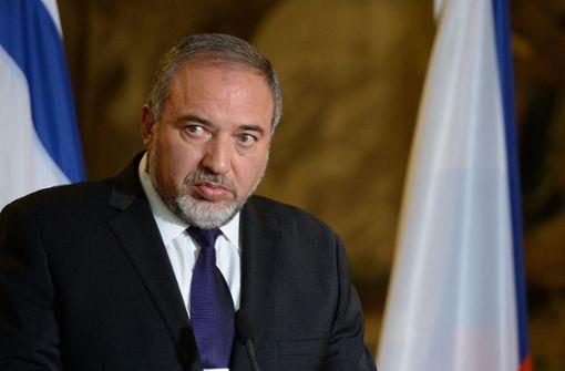 Verteidigungsminister Avigdor Lieberman erklärt Rücktritt
