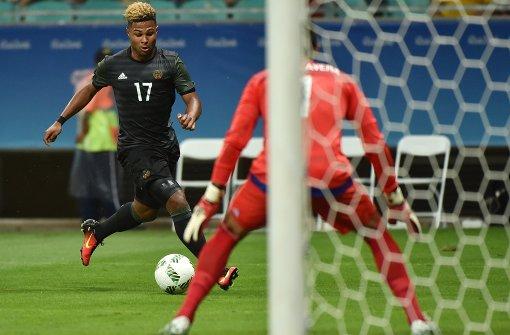 Olympia Fußballer Hrubesch Elf Kämpft Sich Ins Turnier Sportmix