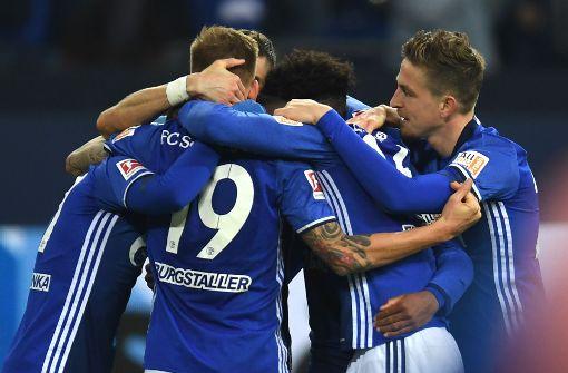 Schalke nach Sieg gegen HSV Zweiter