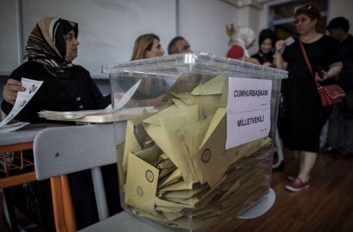 Die Wahlbeteiligung liegt bei 87 Prozent