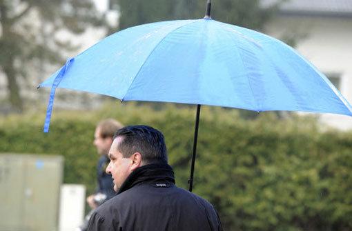 Stefan Mappus (CDU) nach seiner Stimmabgabe am Morgen des Wahlsonntags. Foto: dpa