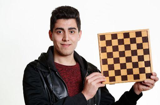 Hussein Salem spielt gerne Schach. Er will nach der Schule Maschinenbau studieren. Foto: bopicture/Talent im Land