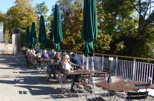 Neuer Biergarten lockt an den Neckarkanal