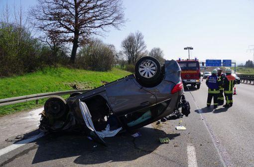 Fünf Verletzte bei schwerem Unfall auf der Autobahn 8