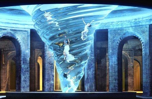 Theater mit virtueller Ebene