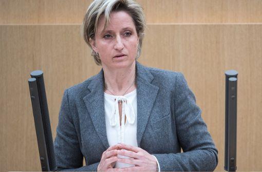 Hoffmeister-Kraut verurteilt Strafzölle scharf