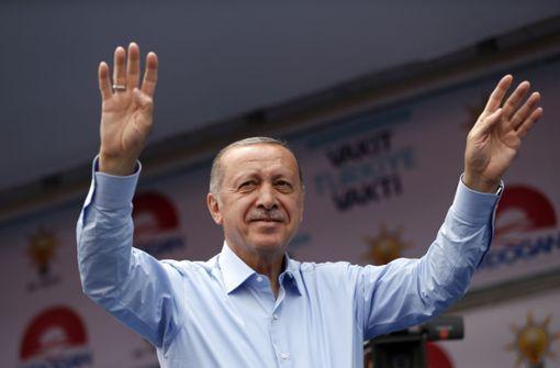 Endergebnis: Erdogan erhält knapp 53 Prozent