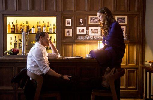 Die Liebenden James (James McAvoy) und Danielle (Alicia Vikander)  denken pausenlos aneinander. Foto: Warner
