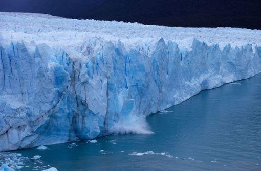 Wasser begann am Samstag in den Gletscher einzudringen, wie der Nationalpark Los Glaciares in Patagonien mitteilte. Foto: AFP