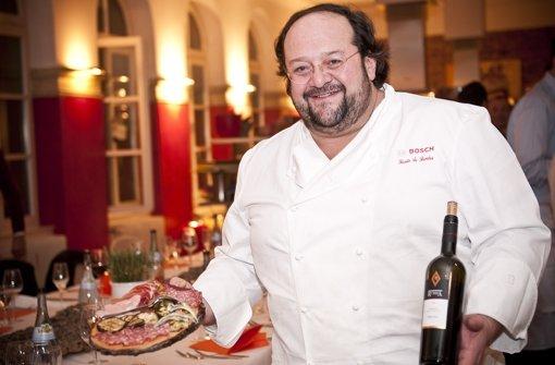 Zu seinem Restaurant San Pietro im Heusteigviertel gehört auch eine Kochschule. Foto: Max Kovalenko