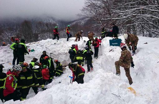 Weitere Überlebende aus verschüttetem Hotel geborgen