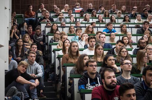 """Auch Studierende der Uni Hohenheim haben zur Teilnahme an dem """"March for Science"""" aufgerufen. Foto: dpa"""