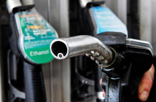 Benzinpreis gibt kräftig nach