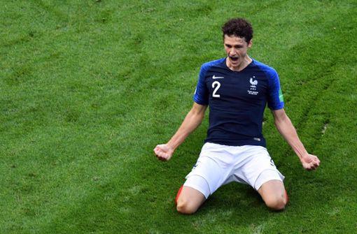 Diese Jubelpose von Benjamin Pavard ziert den Oberschenkel eines Franzosen. Foto: AFP