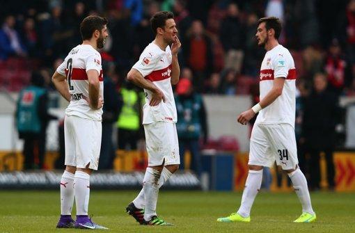 Enttäuschung beim VfB Stuttgart nach der 0:2-Niederlage gegen Bayer Leverkusen Foto: Getty