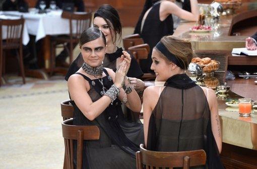 Mit Lagerfeld in der Chanel-Brasserie