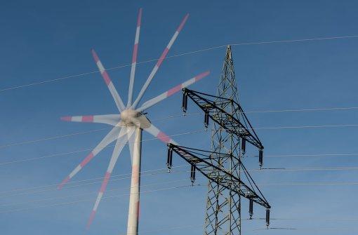 Erneuerbare Energien wie die Windkraft sollen künftig langsamer ausgebaut werden als bisher Foto: dpa