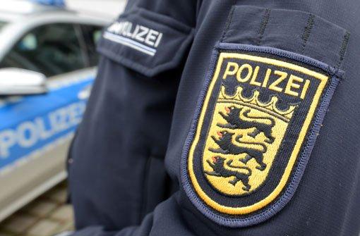 Nach einem Rentner-Unfall in Möhringen hatte die Polizei alle Hände voll zu tun.(Symbolbild) Foto: dpa