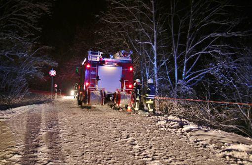 Bei Althütte ist eine Autofahrerin die Böschung herunter gerutscht. Foto: 7aktuell.de/Kevin Lermer