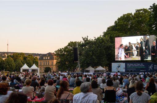 """Oper im Grünen: Die """"Puritaner"""" wurden von den Zuschauern begeistert gefeiert. Foto: dpa"""