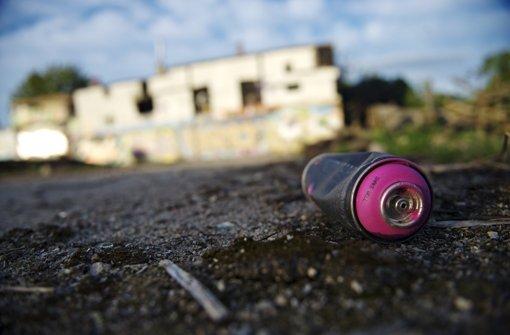 Malerei und Plastiken von Graffiti-Künstlern