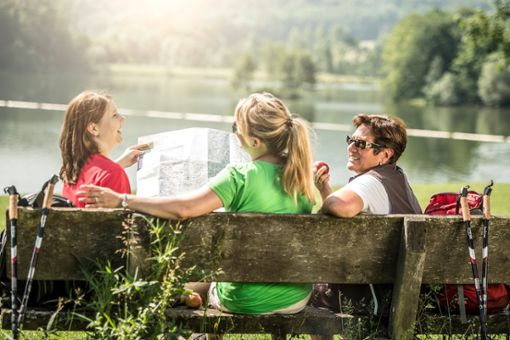 Entspannte Rast beim Wandern  Foto: Kraichgau-Stromberg Tourismus e.V.