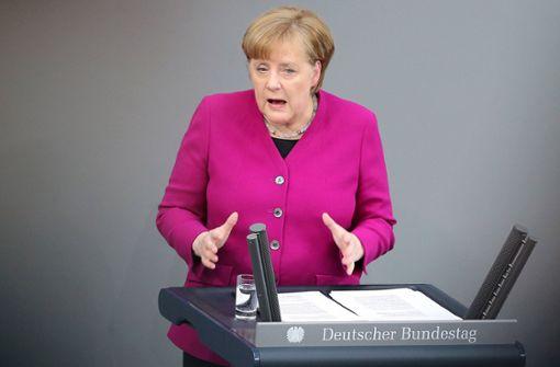 Merkel erklärt ihren Ministern die neuen Spielregeln