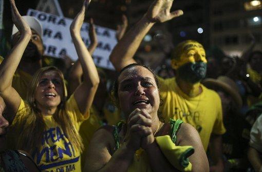 Verbündete von Rousseff verkünden Durchhalteparolen