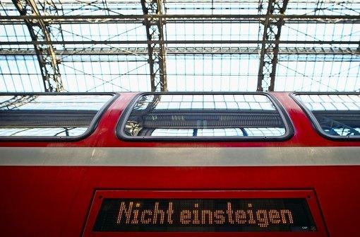 Vor Ende 2018 wird es das Landesticket für Züge und bestimmte Busse nicht geben Foto: dpa
