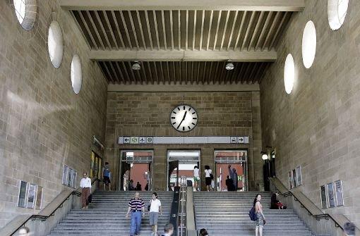 Sowohl der milliardenschwere Umbau des Stuttgarter Hauptbahnhofs wie auch die ICE-Trasse nach Ulm seien ausschließlich Bundesaufgaben, heißt es in einem neuen Gutachten. Foto: dpa