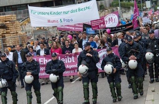 Demo gegen den Bildungsplan in Stuttgart Foto: dpa