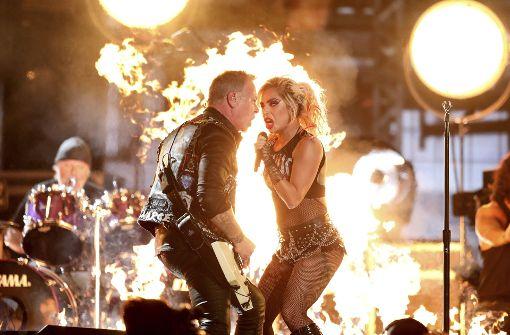 Hetfield platzt am Ende des Auftritts der Kragen
