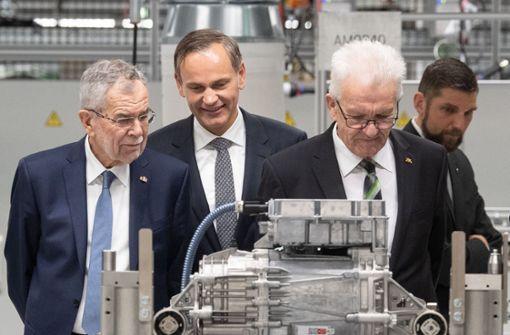 """Kretschmann: E-Autos im Premiumsegment """"wichtig für Akzeptanz"""""""