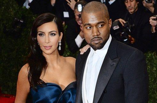 Hochzeitsfotos auf Instagram: Kim Kardashian in Seide und Spitze ...