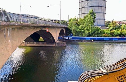 Neue Brücke über den Neckar