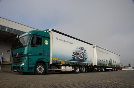 Gigaliner daimler will umstrittene lang lkw einsetzen for Mercedes benz junk yards miami