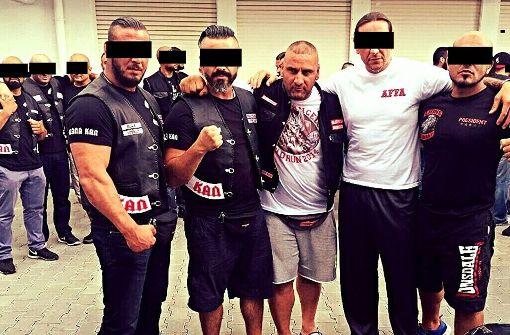 Mehmeg Bagci (zweiter von links) ist der Anführer des Boxclubs Osmanen. Foto: Südafrika-Blog