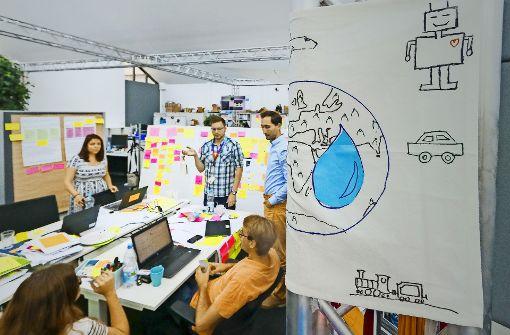 In den Räumen von Bosch Start up herrscht kreatives Chaos. Die vielen Freiheiten sollen den Mitarbeitern helfen, auf lukrative Ideen zu kommen. Foto: factum/Granville