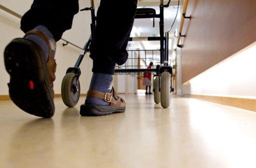 Zu wenig Heimplätze  für pflegebedürftige Patienten