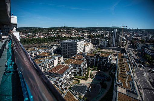 Über den Wolken: Vom Gebäude an der Ecke Heilbronner und Wolframstraße hat man einen guten Blick aufs Europaviertel. Foto: Lichtgut/Max Kovalenko